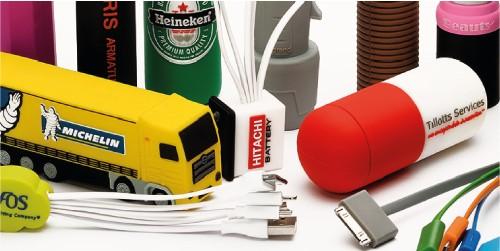 Power banks sagomati in PVC con forma e colori personalizzati / Vivared.it Chiavi USB - Power Banks - Lanyards - Borracce - Prodotti promozionali personalizzati